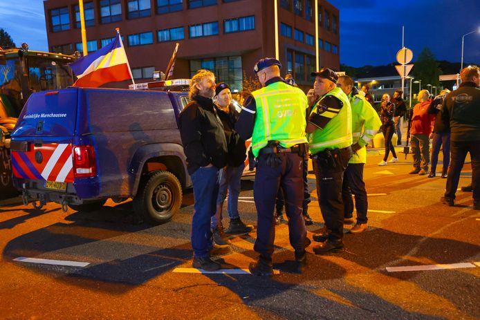 Boerenprotest bij Eindhoven Airport.