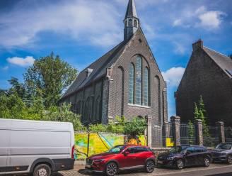 Na een supermarkt in de Sint-Annakerk, krijgt Gent een oldtimergarage in kerk op de Muide