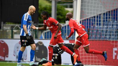 LIVE. 2-2 en rode kaart na 20 minuten: knotsgekke wedstrijd op de Bosuil in strijd om Europa League-ticket