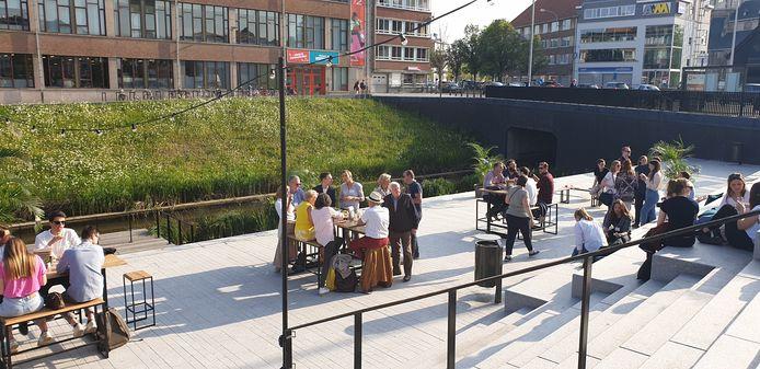 De businessopleidingen van Thomas More Mechelen hebben donderdagavond het nieuwe Dijleterras ingewijd met een eerste officieel evenement.