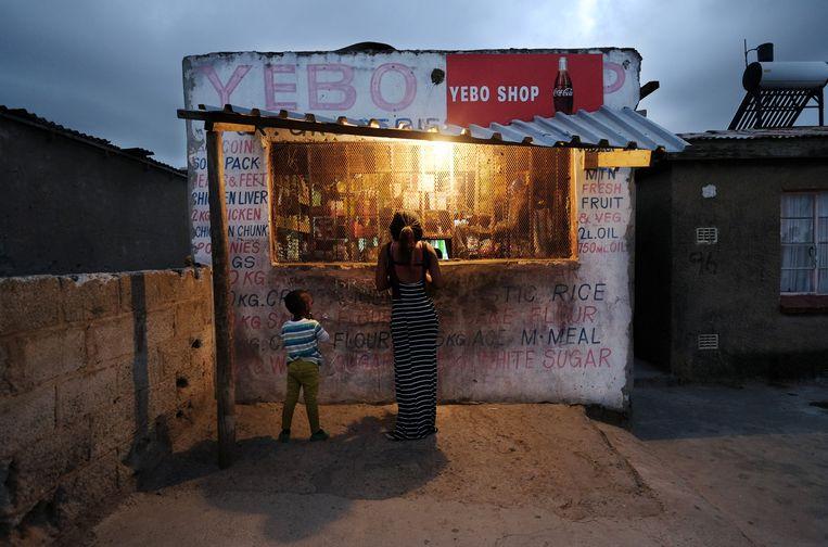 Winkel in New Brighton, een township bij Port Elizabeth, Zuid-Afrika. Beeld An-Sofie Kesteleyn