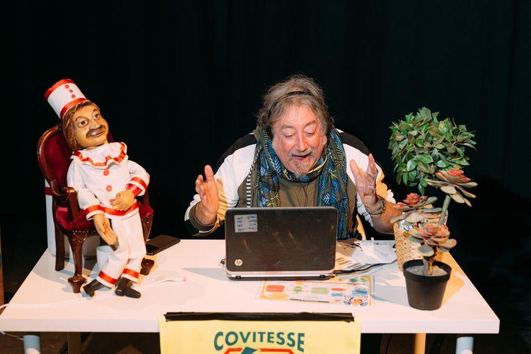 201209 GentCovitesse 6 - Belburo, een project waarbij kunstenaars en muzikanten een gesprek voeren via telefoon of Zoom. Beeld Illias Teirlinck