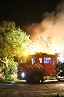 Boerderij in Culemborg brandt volledig uit