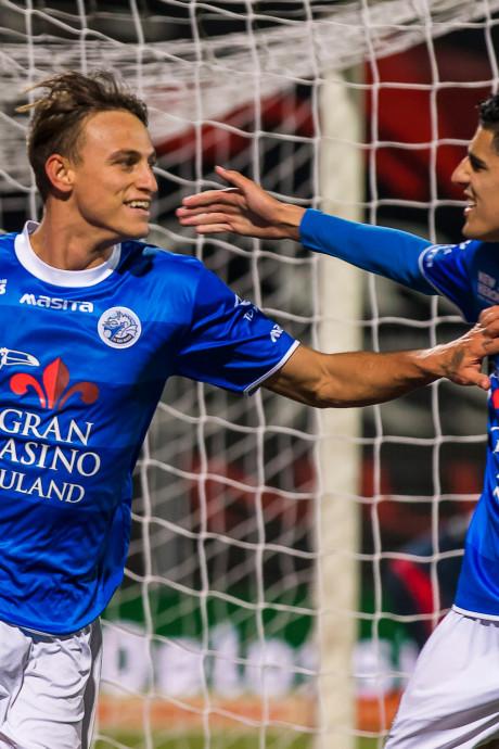 LIVE   Telstar met tien man verder tegen FC Den Bosch, Bosschenaren op voorsprong: 1-2