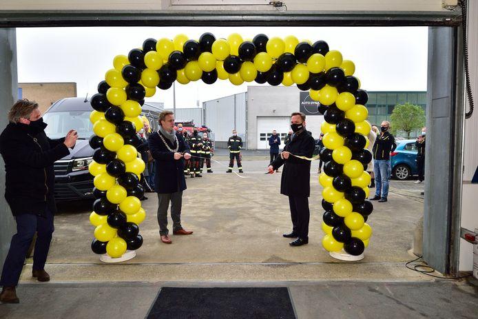 Burgemeester Pieter Verhoeve verrichtte de openingshandeling.