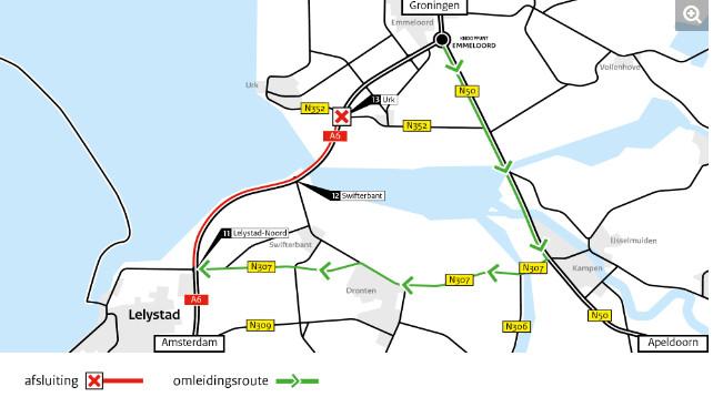 De A6 is afgesloten tussen Urk en Lelystad. Verkeer moet omrijden via Kampen en Dronten.