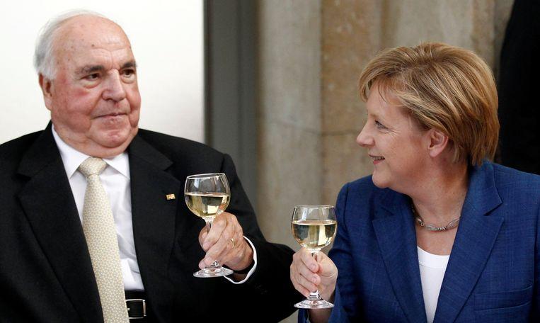 Helmut Kohl en huidig Duits bondskanselier Angela Merkel. Beeld REUTERS