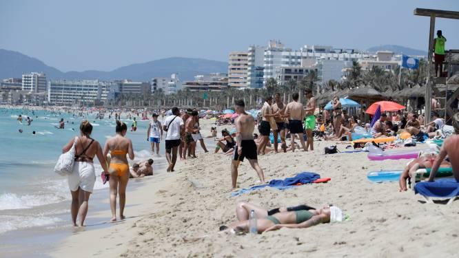 Gemaskerd bal in discotheken op Balearen: nachtclubs mogen heropenen, dansen moet mét mondmasker