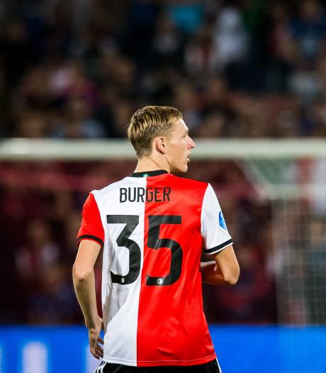 Feyenoord legt talent Burger vast tot 2023: 'Een heerlijk gevoel'