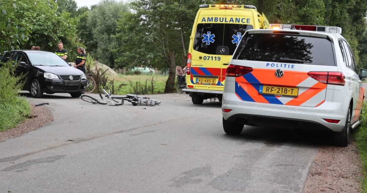 Fietser gewond bij aanrijding met auto in Lunteren.