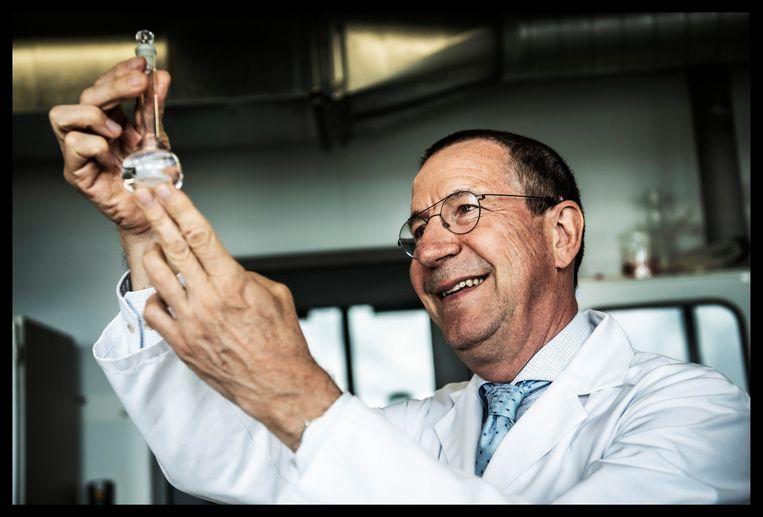 'Parkinsonpatiënten hebben veel baat bij een kleine dosis xtc. Of het nu medicinaal is of voor het plezier, kan ons lichaam niets schelen.' Beeld Saskia Vanderstichele