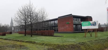 Univé sluit kantoren, Marga Klompé neemt gebouw in Groenlo over