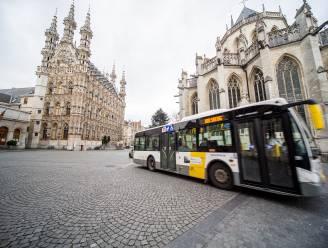 """Wie auto parkeert in Leuvense randparkings rijdt gratis met de bus"""