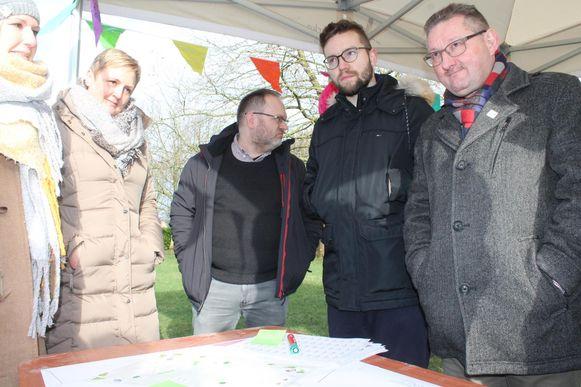Inwoners geven hun mening over het Gravenplein.