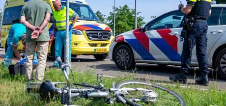 Fietser gewond na aanrijding met auto op rotonde in Drunen
