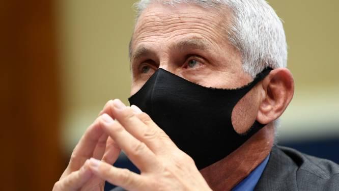 """Topexpert Fauci: """"Amerikanen zullen in 2022 mogelijk nog altijd mondmasker moeten dragen"""""""