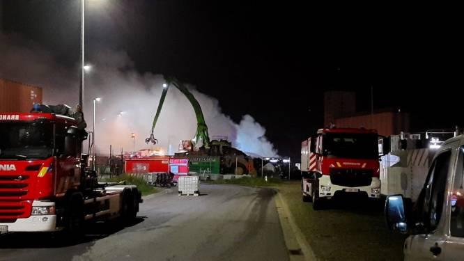 Houtbrand in Antwerpse haven pas na 12 uur geblust