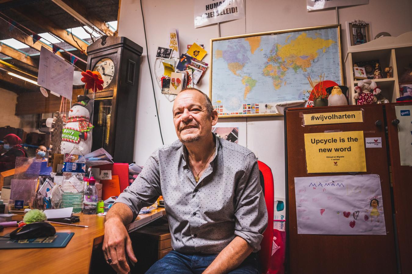 Richie, vrijwilliger bij Een Hart Voor Vluchtelingen.