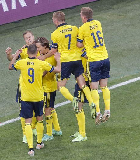 Groepswinnaar Zweden schakelt Polen uit en helpt Oranje aan Tsjechië als volgende tegenstander