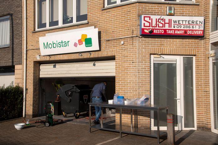 De Sushi zaak kan opnieuw openen naast de deur.