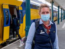 Op pad met conducteur Mireille: 'Ik ben ook psycholoog, servicemedewerker, EHBO'er, politieagent...'