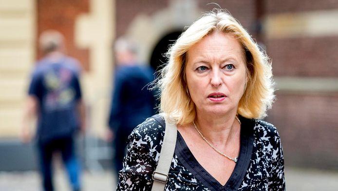 Minister Jet Bussemaker: 'Ik ben bij een visboer in Bos en Lommer naar de opera geweest'.