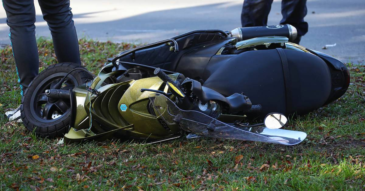 Scooterrijder geschept op kruising fietsstraat Oss: vijfde ongeluk sinds de zomer.