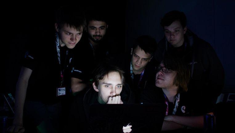 Hackers op een conferentie in Las Vegas. Beeld Jeroen de Bakker