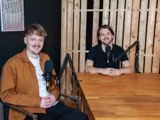 Gerran en Roeland maken podcast over jongerenleven in Gouda: 'Qua uitgaansleven is er nog een groot gat'