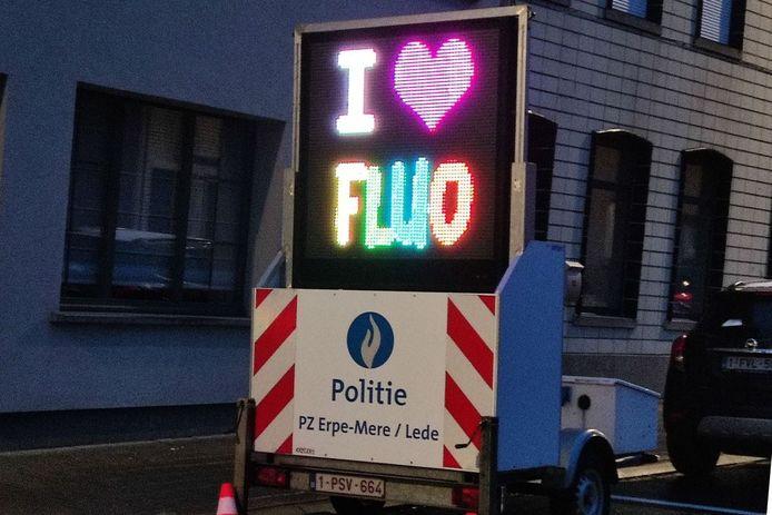 De fluo verkeersweek hamert er op dat gezien worden nog belangrijker is dan zien.