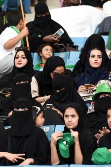 Vrouwen voor het eerst welkom in een stadion in Saoedi-Arabië