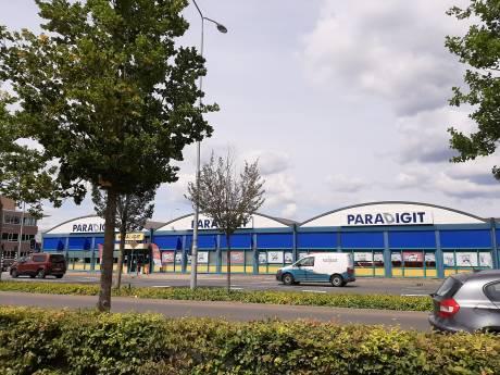 Eindhovense computerketen Paradigit sluit winkels,  ook vestiging op De Hurk gaat definitief dicht: 'Online verkopen groeien hard'.