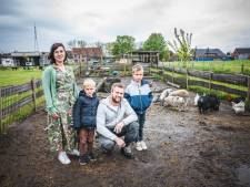 """Lien (33) doet emotionele oproep: """"Waarom moet mijn kinderboerderij wijken voor bosgebied?"""""""