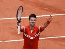 Novak Djokovic se qualifie sans encombre pour les huitièmes de finale