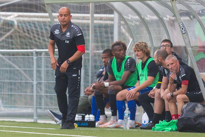De nieuwe Ronsische coach Erick Rios zag zijn ploeg een veelbelovende partij spelen tegen Petegem, maar puntengewin bracht dit niet op. Zondag wacht al een nieuwe uitdaging in de derby tegen Olsa Brakel.