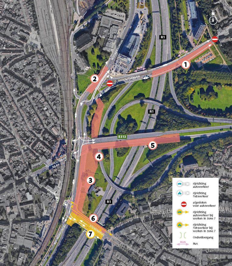 Op dit kaartje staan de punten aangeduid waar in de eerste fase gewerkt wordt. 1. Aanpassing zuidelijke weghelft Turnhoutsebaan aan de buitenkant van de Singel 2+3. Aanleg wegdek en riolering Noordersingel 4. Aanleg fietspassage onder de E313 5. Aanpassing zuidelijke weghelft brug E313 6. Aanpassing noordelijke weghelft Stenenbrug 7. Aanpassing zuidelijke weghelft van de Stenenbrug.