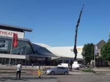 Holland Casino Breda bouwt nieuwe rookruimte. 'Spuuglelijke' tijdelijke rookhok verdwijnt
