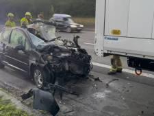 Une jeune automobiliste meurt après une collision avec un camion sur la E17 à Courtrai
