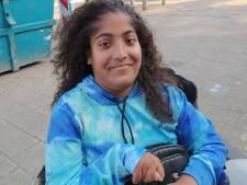 Dailisha (21) werd geboren met open rug: 'Ondanks mijn beperking moet je me niet zien als zielig'