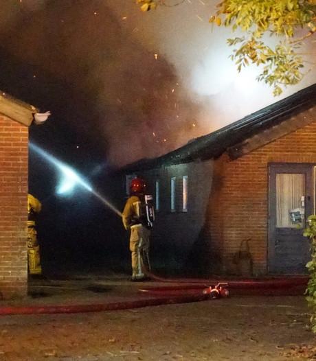 Uitslaande brand in loods in Maarheeze