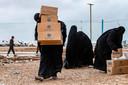 Verdeling van noodhulp in het kamp Al-Hol, waar vier Belgische vrouwen verblijven