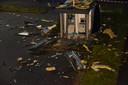 De politie denkt dat na een plofkraak in het Duitse Vreden waarbij een pinautomaat is opgeblazen nog steeds explosiegevaar is.