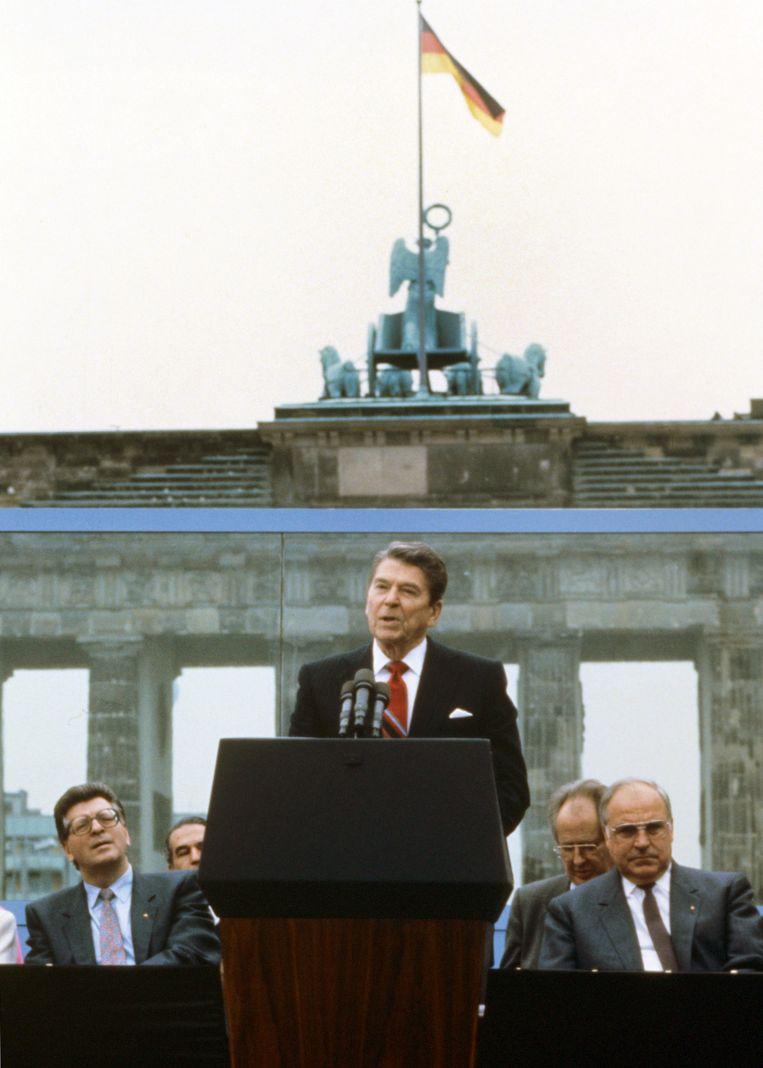 Ronald Reagan tijdens zijn wereldberoemde speech op 12 juni 1987. Beeld epa