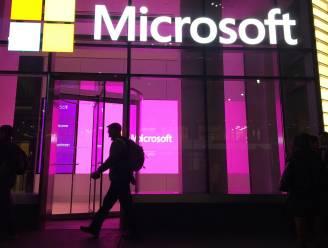 Microsoft vervoegt Apple even in club van 2.000 miljard dollar beurswaarde