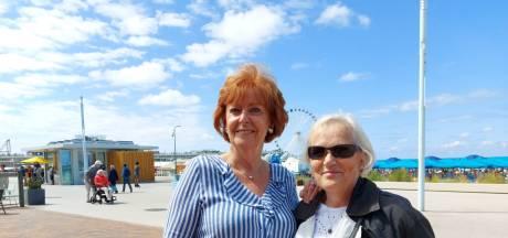 Trudie (75) keek elk jaar met haar moeder en zus vanuit Van der Valk naar de nieuwjaarsduik