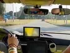Politie Landerd maakt spoedrit naar Uden, volgers op Facebook kunnen meekijken
