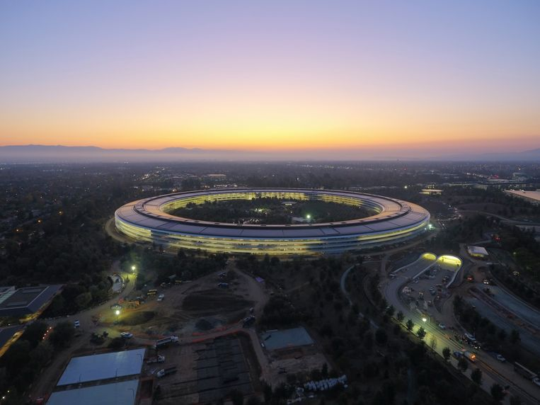 Apple Park, het nieuwe hoofdkwartier van de techreus in Cupertino, Californië. Beeld NYT