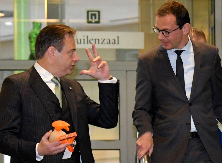 Wouter Beke (r) wordt dit weekend bij De Wever verwacht.