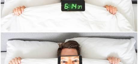 Geen gemekker, gewoon vroeg de wekker: kan iedereen (zelfs ik) ochtendmens worden?