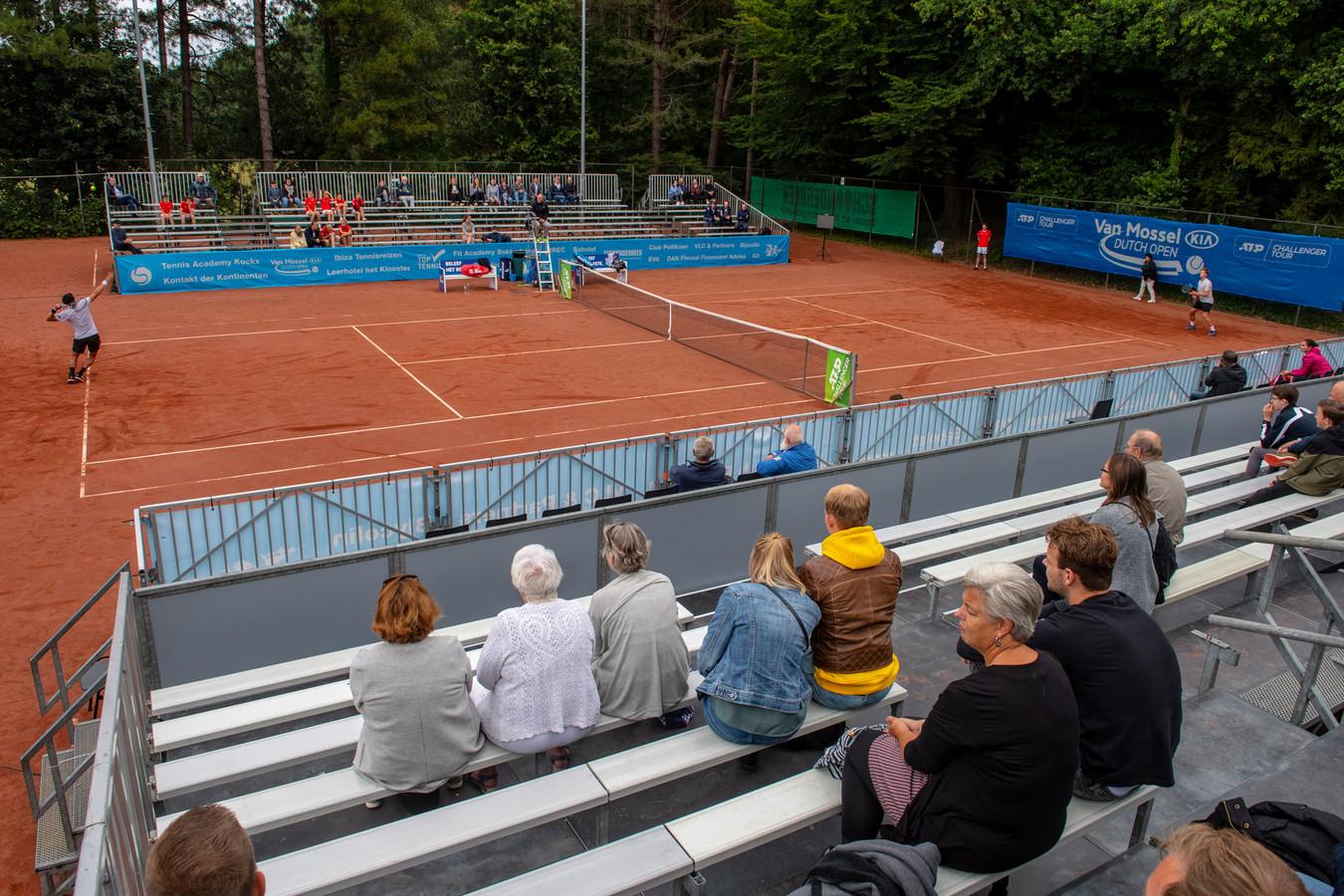 Overzichtsfoto van het Dutch Open in 2019: vooralsnog rekent de organisatie erop dat het challengertoernooi in Amersfoort komende zomer doorgaat.